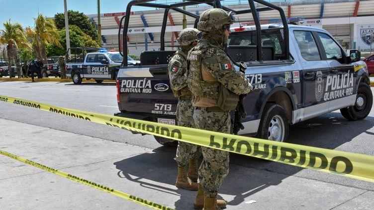 Des policiers mexicains à Cancún, au Mexique, le 3 juillet 2019. (ELIZABETH RUIZ / AFP)