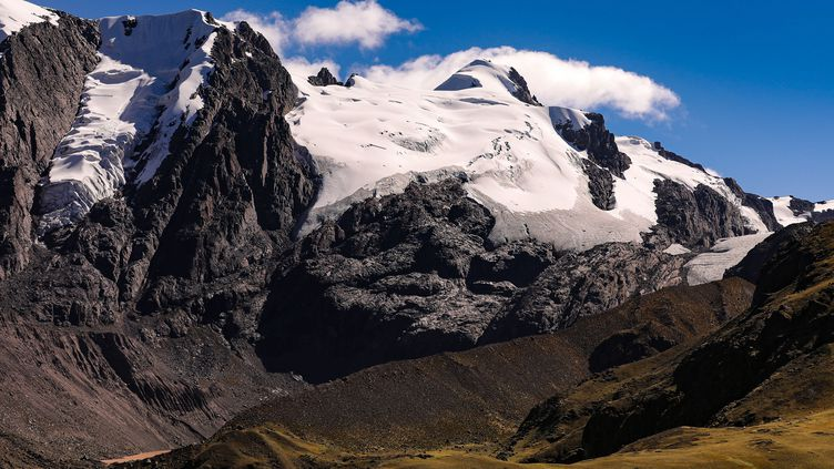 Le Quelccaya se situe dans la région de Cuzco, où des sommets culminent à plus de 6 000m d'altitude. (TINO PLUNERT / ZB)
