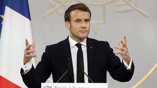 Emmanuel Macron, le 15 janvier 2020 à l'Elysée. (YOAN VALAT / AFP)