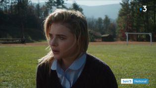 """Chloë Grace Moretz dans le film """"Come as you are"""" (France 3)"""