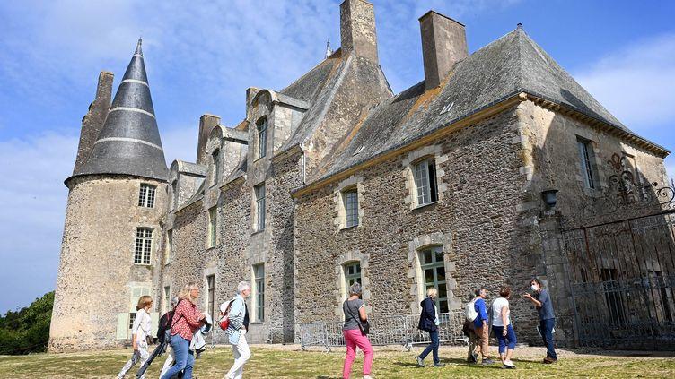 Vitré, le 18 septembre 2021. Visite guidée au Château des Rochers Sévigné situé à proximité de Vitré en Ille-et-Vilaine (35).  (MARC OLLIVIER / MAXPPP)