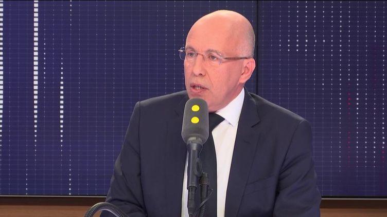 """Le député Les Républicains des Alpes-Maritimes, invité du """"8h30 Fauvelle-Dély"""", mercredi 13 février 2019. (FRANCEINFO / RADIOFRANCE)"""