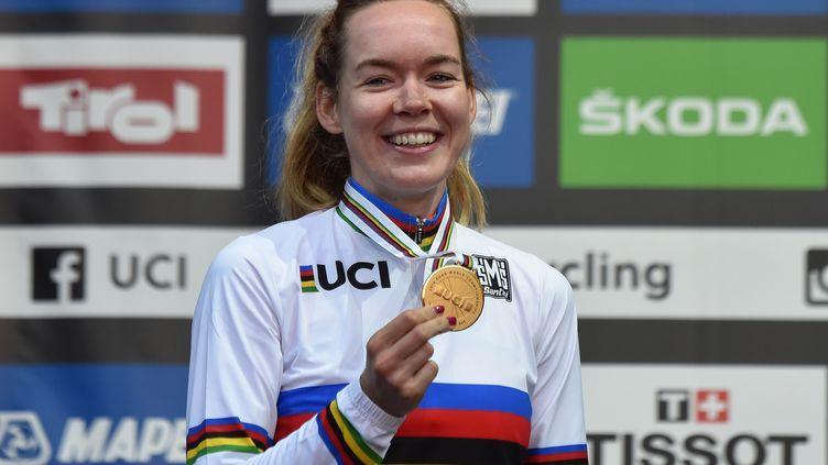 La coureuse néerlandaise Anna Van Der Breggen a remporté le titre de championne du monde sur route, samedi 29 septembre 2017 àInnsbruck en Autriche. (CHRISTOF STACHE / AFP)
