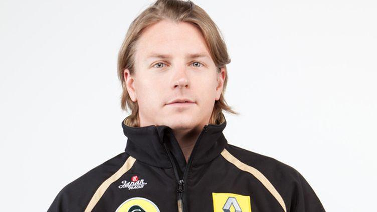Le Finlandais Kimi Raikkonen sous ses nouvelles couleurs de Lotus Renault