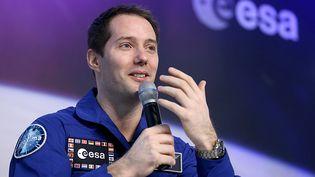 L'astronaute français Thomas Pesquet donne une conférence de presse sur sa mission spatiale, le 6 juin 2017 à Cologne (Allemagne). (OLIVER BERG / DPA / AFP)