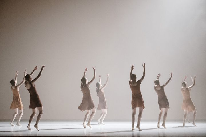 """""""The Art of not looking back"""" de Hofesh Shechter  (Agathe Poupeney/Opéra national de Paris)"""