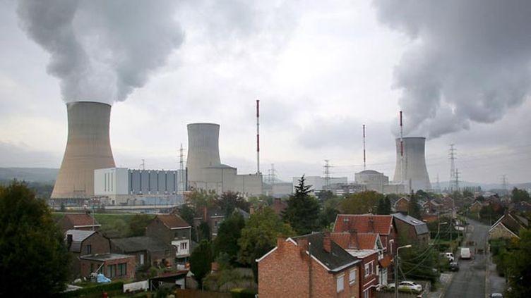 (La centrale nucléaire de Tihange, en Belgique © Maxppp)