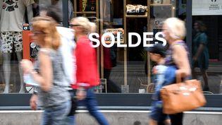 Après desventes privées tous azimuts en juin et une envolée des achats, les promesses de bonnes affaires sont souvent tombées à plat. (REMI DUGNE / MAXPPP)