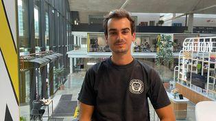 Basile, 27 ans, entrepreneur. (MANON MELLA / FRANCEINFO / RADIO FRANCE)