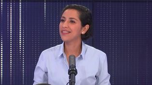 Sarah El Haïry, secrétaire d'État auprès du ministre de l'Éducation nationale, de la Jeunesse et des Sports, chargée de la Jeunesse et de l'Engagement, le 12 septembre 2021 sur franceinfo. (FRANCEINFO / RADIO FRANCE)