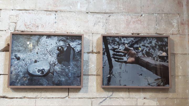 Au Nigeria, la catastrophe écologique provoquée par l'exploitation pétrolière. Exposition Datazone, aux Rencontres d'Arles (ANNE CHEPEAU / RADIO FRANCE)