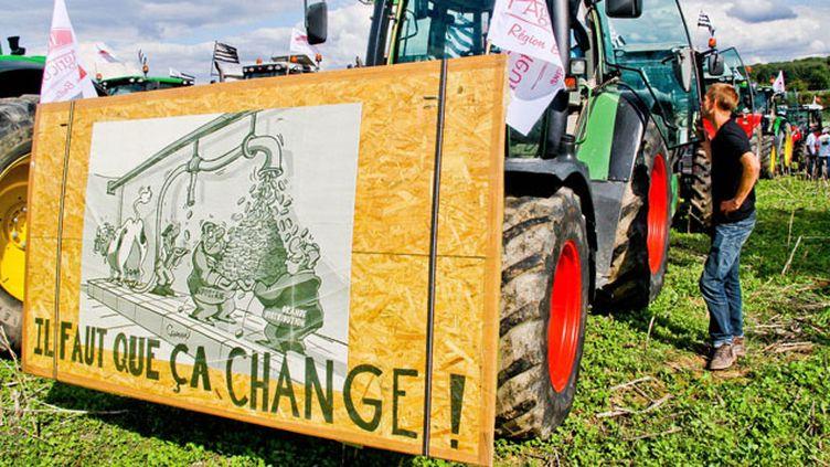 (Des agriculteurs sarthois en manifestation en septembre 2015 (illustration) © SIPA / Gile Michel)