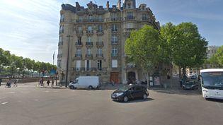 La place de l'Alma, dans le 8e arrondissement à Paris. (CAPTURE ECRAN GOOGLE STREETVIEW)