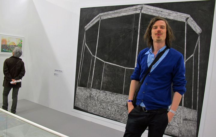 """Brecht Evens, auteur dessinateur et commissaire de l'exposition """"La boîte à Gand""""  (Laurence Houot/ Culturebox)"""