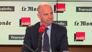 Le ministre de l'Éducationétait l'invité de Questions politiques dimanche 18 novembre sur France Inter et franceinfo. (FRANCEINFO)