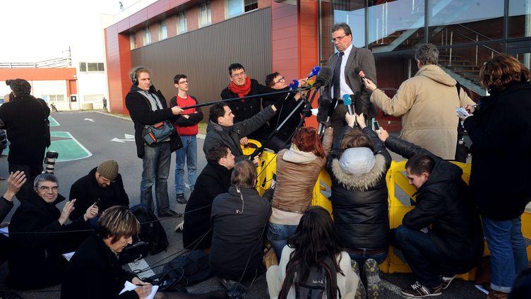 Barthélémy Aguerre, le PDG de la société Spanghero, donne une conférence de presseau siège de l'entreprise, à Castelnaudary (Aude) le 15 février 2013. (REMY GABALDA / AFP)