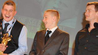 Les trois jeunes acteurs du film « The Selfish Giant », récompensé aufestival du film britannique de Dinard (Ille-et-Vilaine)  (PHOTOPQR/LE TELEGRAMME)