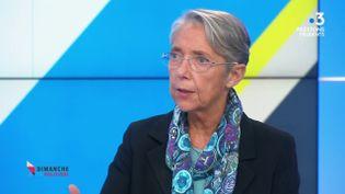 """La ministre du Travali, Elisabeth Borne, sur le plateau de """"Dimanche en politique"""" sur France 3, le 29 novembre 2020. (FRANCE 3)"""