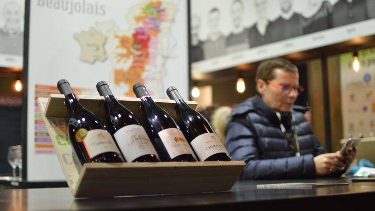 Un stand de vigneron sur le Salon de l'agriculture à Paris, le 21 février 2020. (VICTOR VASSEUR / FRANCE-INFO)