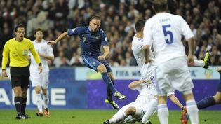 Franck Ribéry a marqué le premier but face à la Finlande, mardi 15 octobre 2012, au Stade de France. (JEAN MARIE HERVIO / DPPI MEDIA / AFP)