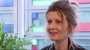 Isabelle Risachler, l'épouse de Marc Moogalian qui s'est emparé du AKM de l'assaillant du train Amsterdam et Paris intervenant pour maîtriser Ayoub El Khazzani, s'est confiée à France 2, le 26 août 2015 (FRANCE 2 LILLE )