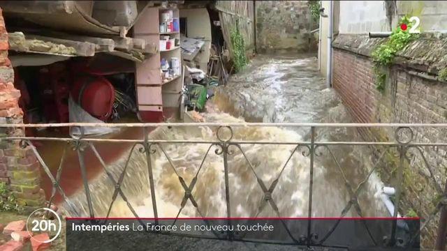 Intempéries : plusieurs villes touchées par des pluies diluviennes