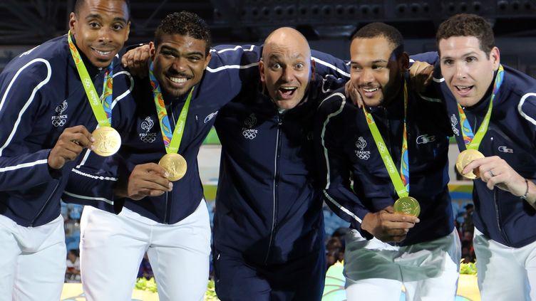 Jean-Michel Lucenay, Yannick Borel, Hugues Obry, Daniel Jerent et Gauthier Grumier, champions olympiques (de gauche à droite) (EDDY LEMAISTRE / 2PIX-EL)