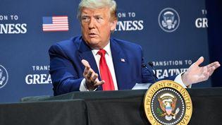 Le président des Etats-Unis, Donald Trump, lors d'une table ronde à Dallas, au Texas, le 11 juin 2020. (NICHOLAS KAMM / AFP)