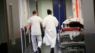 Les urgences de l'hôpital de Douai (Nord), le 16 janvier 2014. (THIERRY THOREL / AFP)