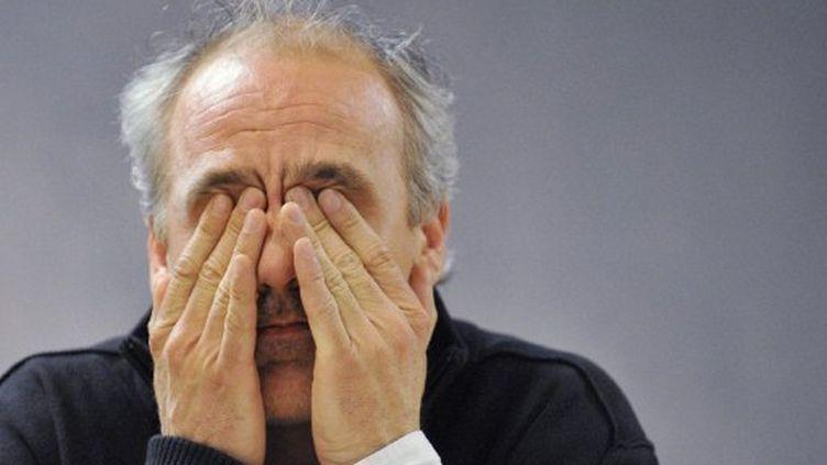 Philippe Poutou en meeting à Clermont-Ferrand (Puy-de-Dôme) le 26 mars (THIERRY ZOCCOLAN / AFP)