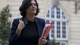 La ministre du Travail Myriam El Khomri arrive aux bureauxdu Premier ministre à Matignon,le 18 février 2016 (KENZO TRIBOUILLARD / AFP)