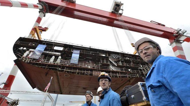 (© Maxppp - Mise sur cale du paquebot Oasis construit aux chantiers de l'Atlantique STX de Saint-Nazaire)