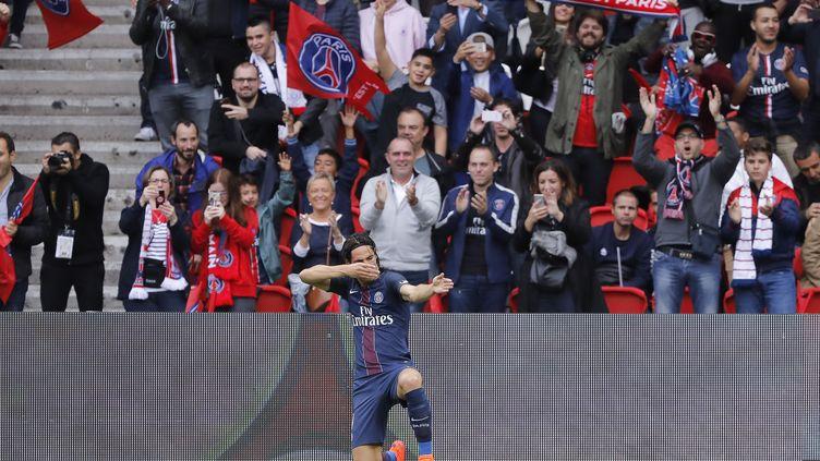 L'attaquant du PSG, Edinson Cavani, n'en finit plus de marquer, et c'est Bordeaux qui en a fait les frais... (STEPHANE ALLAMAN / STEPHANE ALLAMAN)