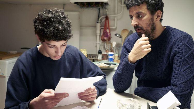 """Abdel Bendaher et Samir Guesmi devant et derrière la caméra d'""""Ibrahim"""" (2020). (FRANÇOISE BRILLOT)"""