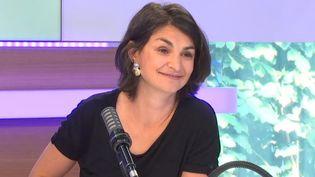 Aurélie Trouvé, porte-parole du mouvement Attac, sur le plateau des Débats de l'éco le 6 juin 2021 (FRANCEINFO / RADIO FRANCE)