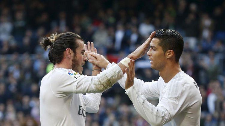 (Coéquipiers au Real Madrid, Bale et Ronaldo adversaires pour la finale Portugal-pays de Galles © Reuters / Susana Vera)