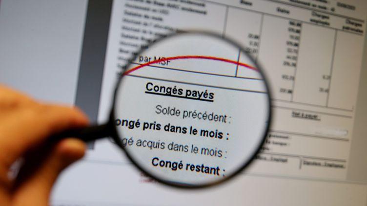 """Les congés payés imposés par l'employeur """"ne peuvent se faire qu'avec l'accord des représentants des salariés"""",rappelle Elisabeth Borne. (PIERRE HECKLER / MAXPPP)"""
