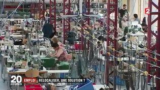 Les relocalisations se multiplient en France. C'est le cas du Coq sportif qui a décidé de rapatrier une partie de sa production dans son usine historique. Et ça marche : les ventes repartent. (FRANCE 2)