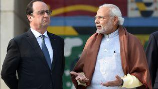 Le président de la République, François Hollande, et le Premier ministre Indien, Narendra Modi, le 24 janvier 2016 à Chandigarh (Inde). (STEPHANE DE SAKUTIN / AFP)