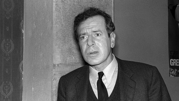Le journaliste, écrivain et essayiste Jean Daniel en 1966, deux ans après la fondation du Nouvel Observateur. (AFP)
