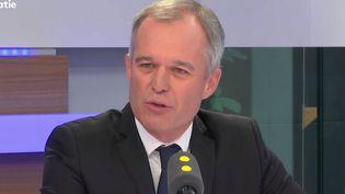 François de Rugy, député de Loire-Atlantique, élu avec l'investiture de La République en marche (LREM), invité de franceinfo jeudi 22 juin (RADIO FRANCE / JEAN-CHRISTOPHE BOURDILLAT)