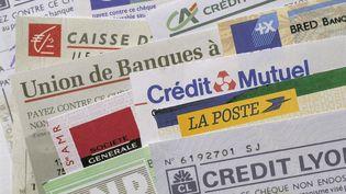 Les dix banques concernées avaient appliqué uniformément une commission de 4,3 centimes par chèque. (JACQUES LOIC / PHOTONONSTOP / AFP)