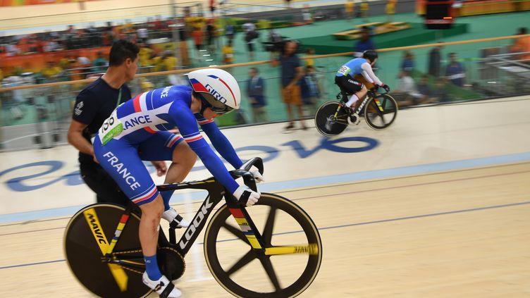 Virginie Cueff, championne de France de vitesse sur piste, lors des Jeux Olympiques de Rio.  (ERIC FEFERBERG / AFP)