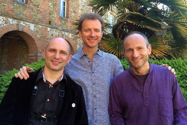 Jean-Charles Richard (saxophones), Luc Isenmann (batterie), David Patrois (vibraphone) assuraient les sets au cloître de l'Hôpital  (Annie Yanbékian / Culturebox)