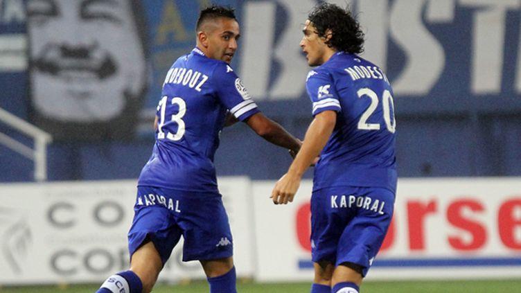 Ryad Boudebouz célèbre son premier but avec Bastia.  (PASCAL POCHARD-CASABIANCA / AFP)