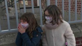 Rentrée des classes : écoliers ravis, et parents rassurés par le protocole sanitaire (France 3)