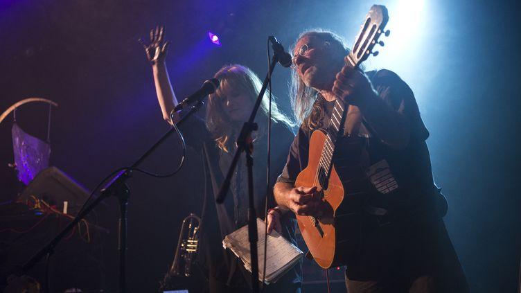 Le groupe Faust lors de son concert au City Hall de Barcelone, le 18 septembre 2013. (JORDI VIDAL / REDFERNS)