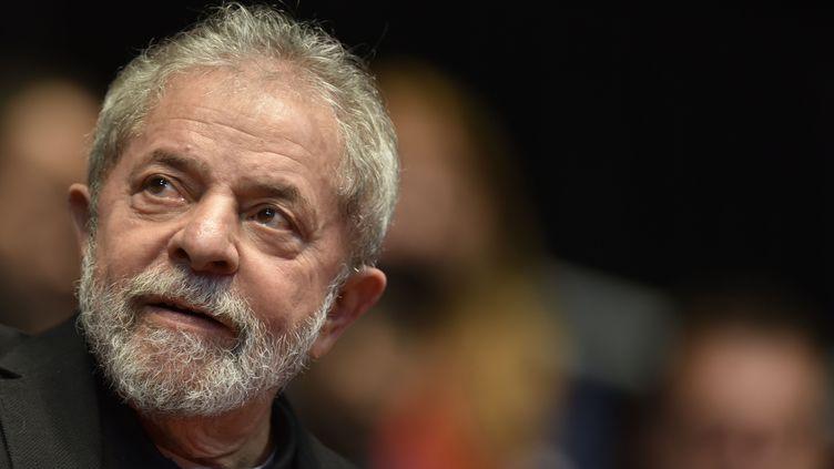 L'ancien président Lula au congrès du Parti des travailleurs à Belo Horizonte (Brésil), le 29 août 2015. (DOUGLAS MAGNO / AFP)