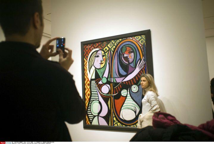 "Au Museum of Modern Art de New York, ""Jeune fille devant un miroir"" de Picasso (FRANCES M. ROBERTS/NEWSCOM/SIPA / SIPA USA)"