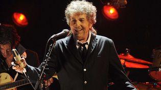 Bob Dylan sur scène à Los Angeles en 2012  (Chris Pizzello/AP/SIPA)